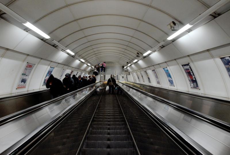 http://de.wikipedia.org/wiki/Metro_Prag