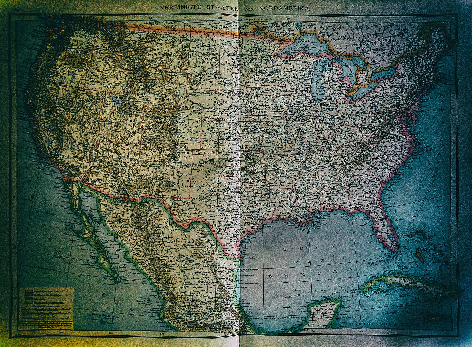 In America in the 1880s there was not only the United States of North America, there was also a federal state of its own called Public Land, at least according to the Andrees Handatlas from Germany.