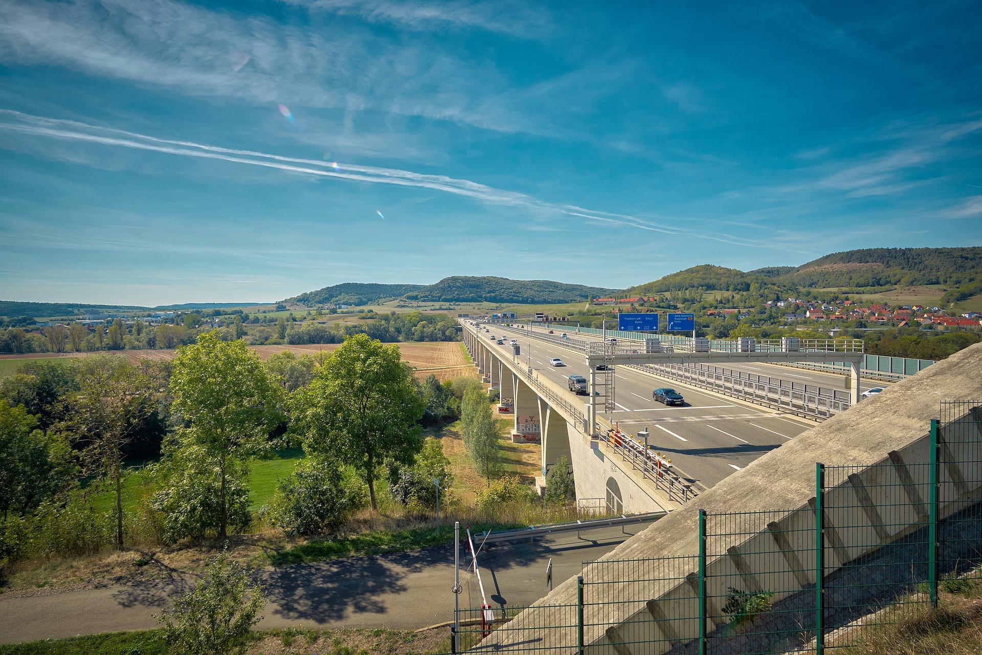 Saaletalbrücke A4 / Jena